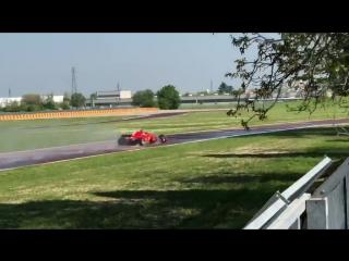 Антонио Джовинацци на тестах Pirelli