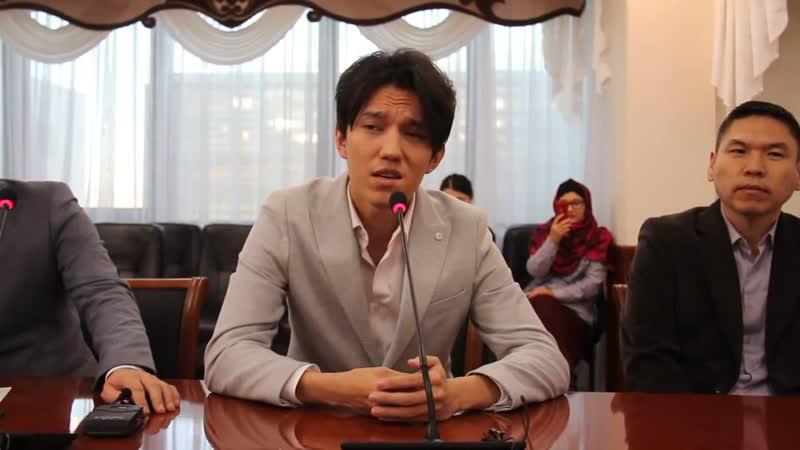 Это было шикарно Димаш спел вживую фрагмент казахской песни[HD,1280x720, Mp4]