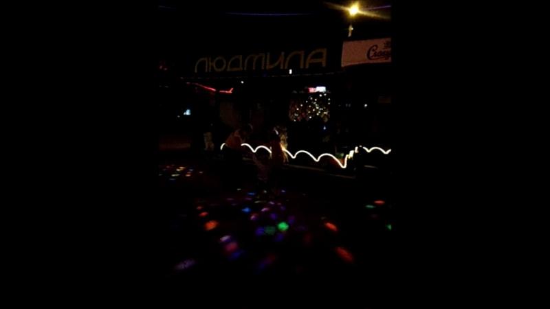танец в кафе феодоссия 2012 г
