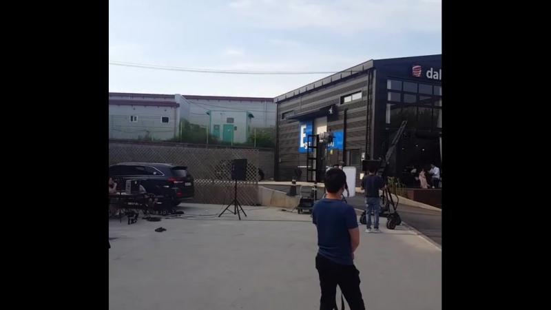 180703 Jiyeon and Soobin mv filming