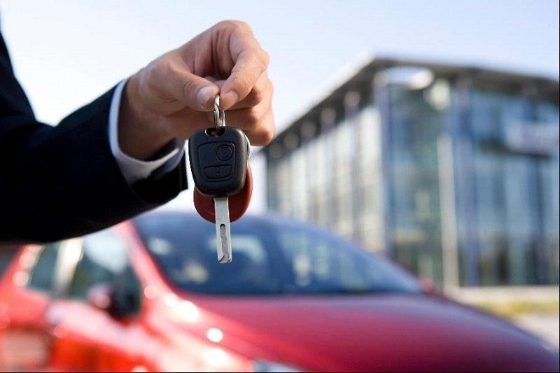В Таганроге 30-летний мошенник отдал за долги взятую в прокат машину
