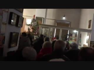 Донецк, 7 января, 2019 ( видео Андрея Руденко) Рождественское  богослужение в храме Иоанна Кронштадтского