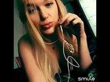 красивая блондинка с большими губами поет песню MiyaGi &amp Эндшпиль feat. Рем Дигга I Got Love