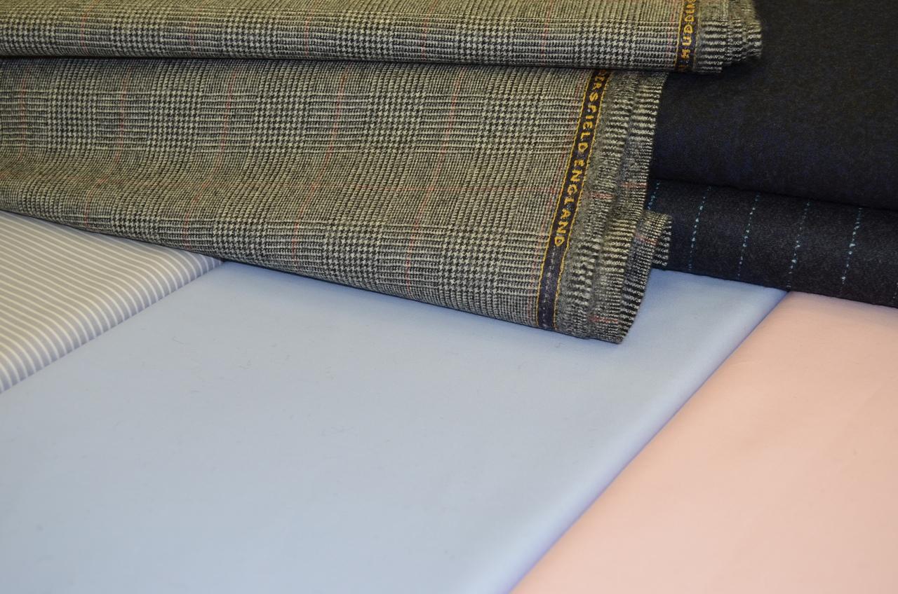 Выбор ткани для женского костюма