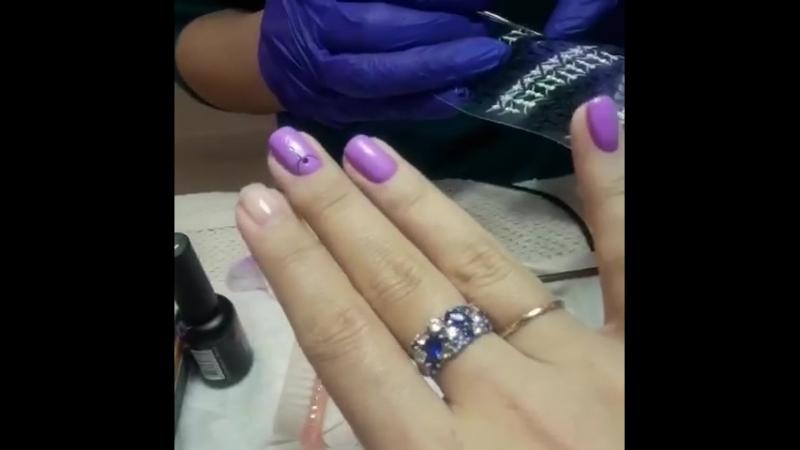 ✔️Чтобы руки и ногти всегда выглядели ухоженными, нужно примерно один раз в неделю делать маникюр. Эту процедуру мастера @Lunniy