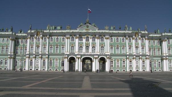 Эрмитаж. Экскурсия по музею Датой основания Эрмитажа считается 1764 год, когда императрица Екатерина II приобрела большую коллекцию западноевропейской живописи. В настоящее время его коллекции