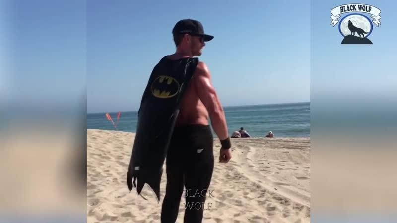 Бэтмен в РЕАЛЬНОЙ ЖИЗНИ - Взрывная тренировка от Scott Mathison - Мотивация