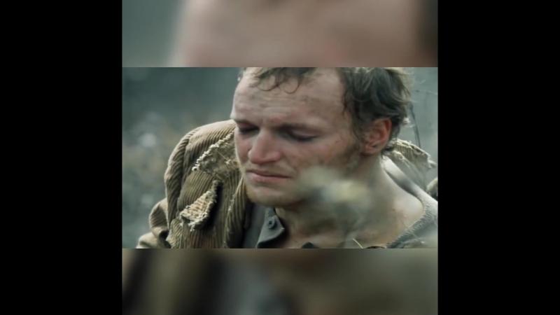 Отличный видео монтаж на песню Би~2 Полковнику никто не пишет