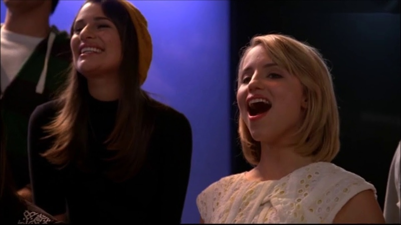 Glee - We Are Young (Full Performance) 3x08