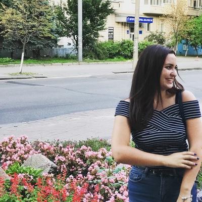 Anechka Gnezdilova