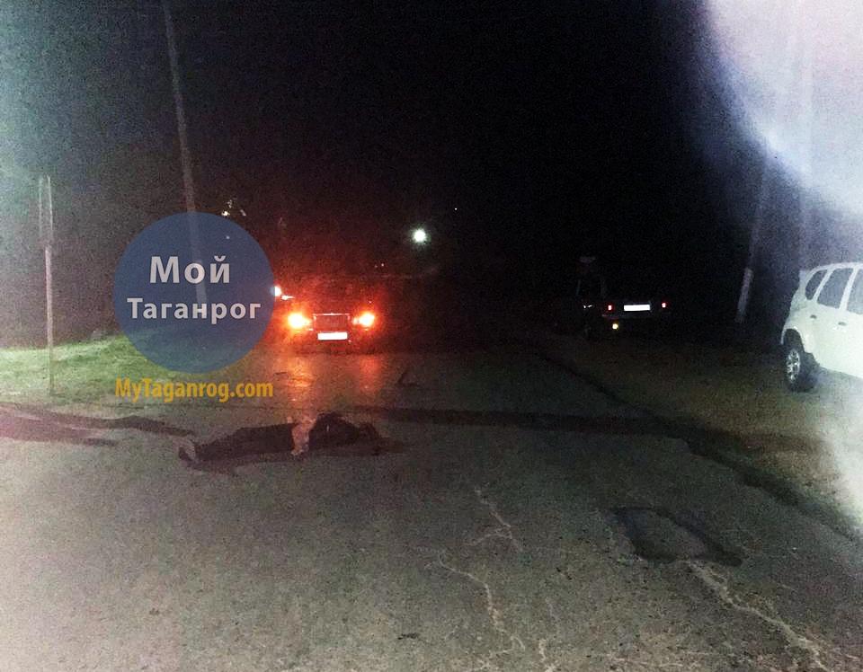 Под Таганрогом водитель «ВАЗ-2107» насмерть сбил женщину