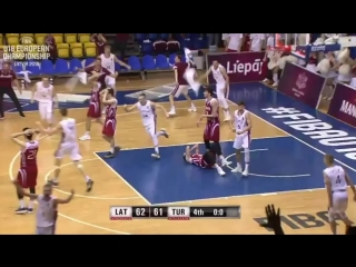 UNBELIEVABLE! FIBAU18Europe @basketbols - -