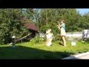 Брайт и Алёна Эйсмонт, жёлтые, русский народный танец