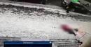 Женщину убило ледяной глыбой в центре Алма-Аты