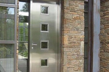 коммерческие входные двери Norma Stabru