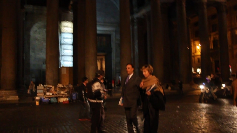 На площаде Ротонда, Rome, Italy