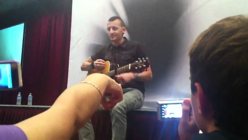 Linkin Park LPU Summit Sydney The Little Things Give You Away/The Messenger