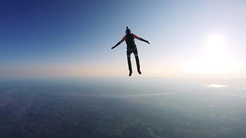 Прыжки с воздушного шара в Великих Луках 18.08.18г.