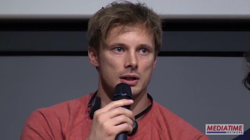Bradley James è Giuliano De Medici nella serie TV I Medici