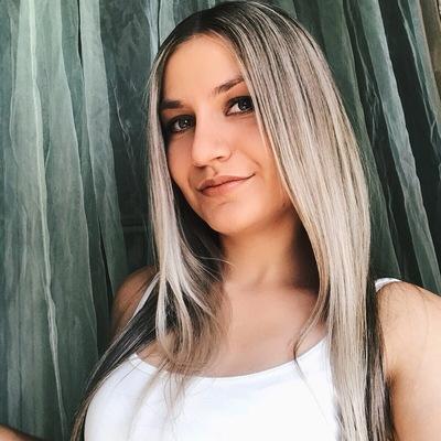 Лена Владимирова-Кириллова