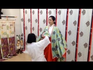 Техника подвязывания кимоно на прогулку / 道中着