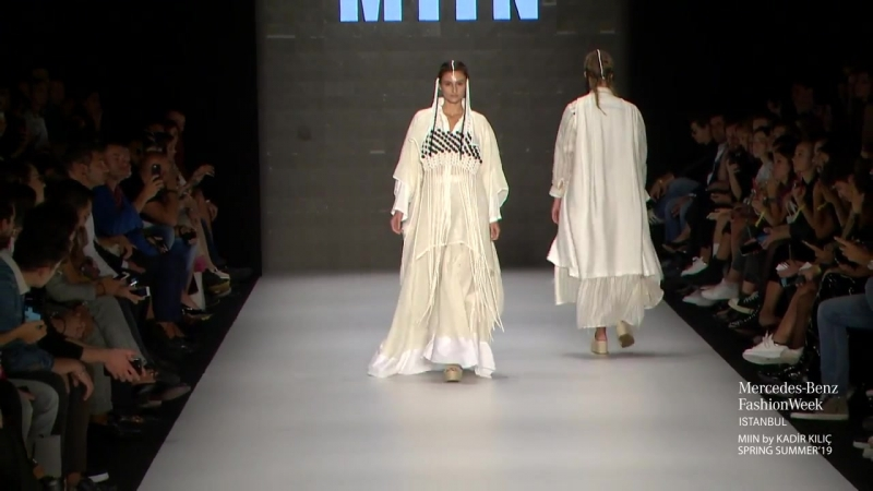 MASHA for KADİR KILIÇ S/S19 Mercedes Benz Fashion Week Istanbul