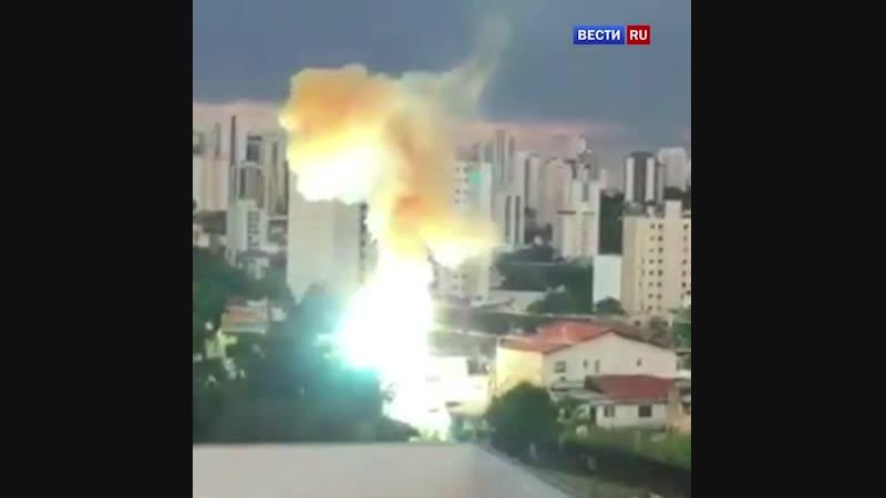 Жители Сан Паулу запечатлели на видео масштабную аварию на электросетях