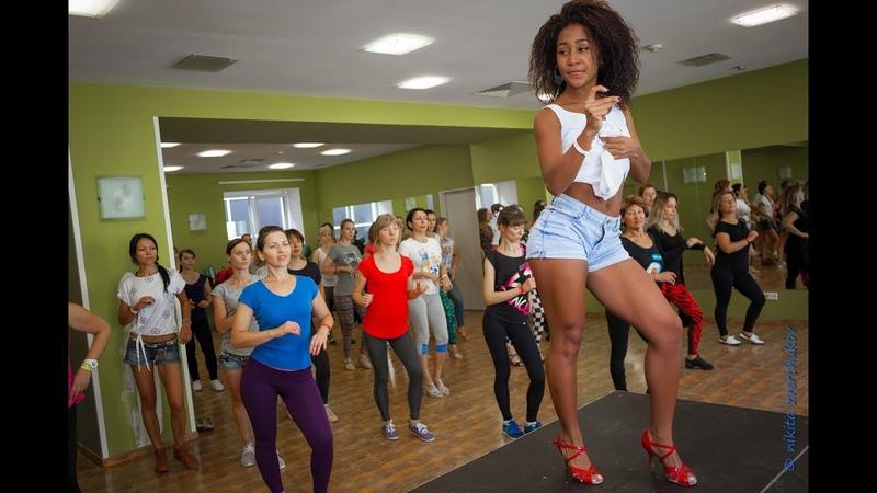 Salsa cubana Lady style Woman salsa dance lessons estilo femenino en salsa timba rumba cubana