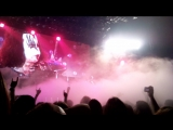 KISS Live in Praha May 23-th 2010 Gene Simmons завис)