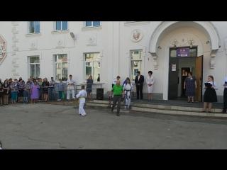 Показательные выступления Федерации на торжественной линейке 1 сентября 2018 годав СОШ N 28 г. Сызрани