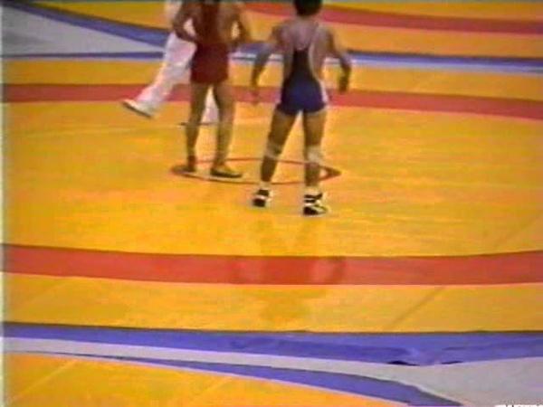 Karamchakov,Sergey (URS) - Tim,Vanni (USA) 48 kg. 1988 Olympyiskie igri