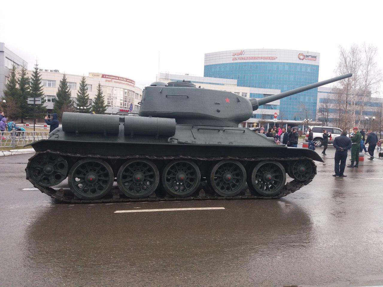 [WWII] Soviet tank development T1TTAIxCntw