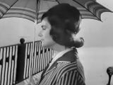 Нина Дорда Плачет девочка в автомате