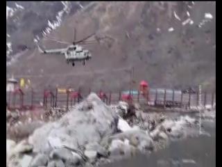 Фанаты сломали эскалатор. Жесткая посадка вертолета. Опять рыбаки на льду