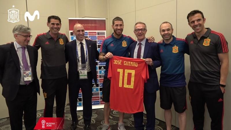 El Ministro de Cultura y Deporte, con los internacionales en Kazán