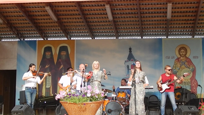 АРТ-фолк группа ЕжеВикА(Тамбов) на 13-м Кузнечном фестивале в Бывалино 15.07.2018. Сага.