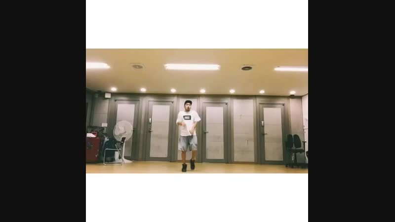 Son Sung Deuk dancing For you (pt.2)