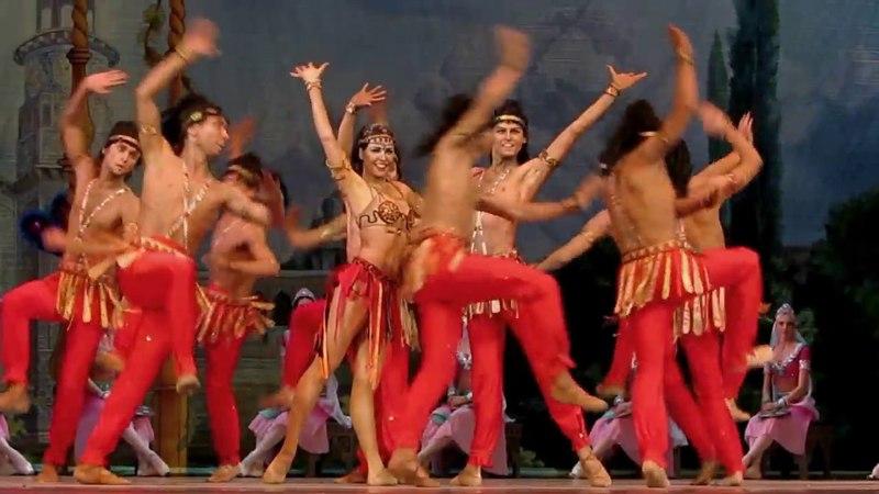 Баядерка. Кремлёвский балет. Индусский танец.