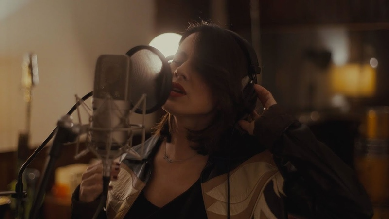 Paola Iezzi - Ridi (Acoustic Version) - Official Video