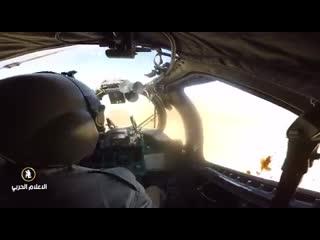 Боевой вертолет Ми-24В Ливийской национальной армии маршала Халифа Хафтара оказывает поддержку наземным подразделениям.