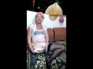 Amputee mature woman (amputada mulher madura)
