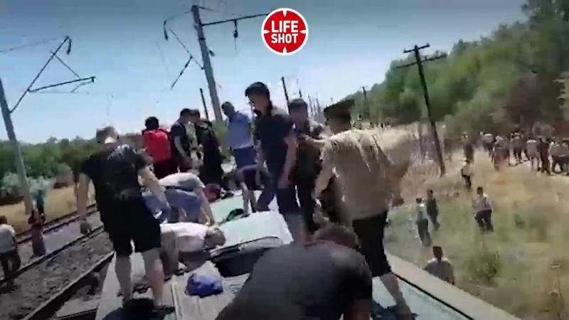 Un train de voyageurs a déraillé au Kazakhstan