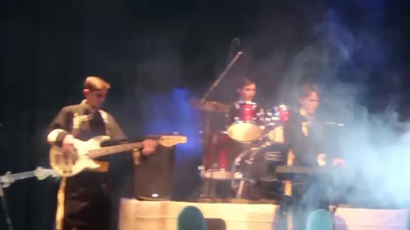 Эне сай тувинская народная песня Аяс Дамдын
