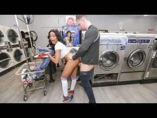 [thickumz] jenna foxx - thick laundromat lust newporn2019