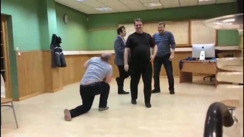 Чиновники в г. Мурманск нагло проедают бюджетные деньги...