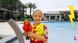 Молния принесла Лизе куклу Sunset Shimmer Equestria Girls