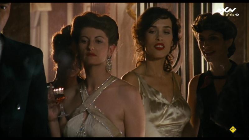 Los falsificadores (2007) Die Fälscher sexy escene 01