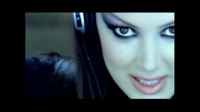 Petek Dincoz - Ben Bi Sarkiyim Soz Muzik Sensin