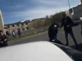Драка с полицейским. Магадан, 8.06.2018 (360p).mp4