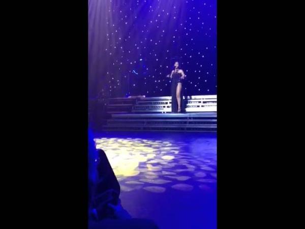 Toni Braxton Unbreak My Heart Live ( Nokia Theatre )